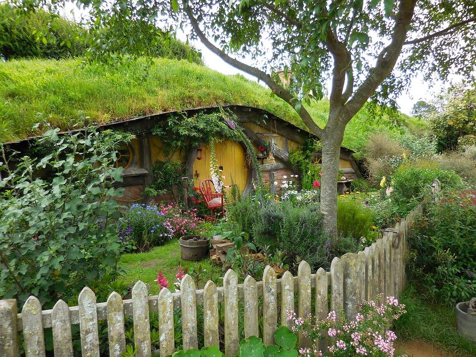 hobbiton-2640294_960_720
